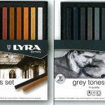 """Carrè in confezione Lyra nelle tonalità """"Brown"""" e """"Gray"""""""